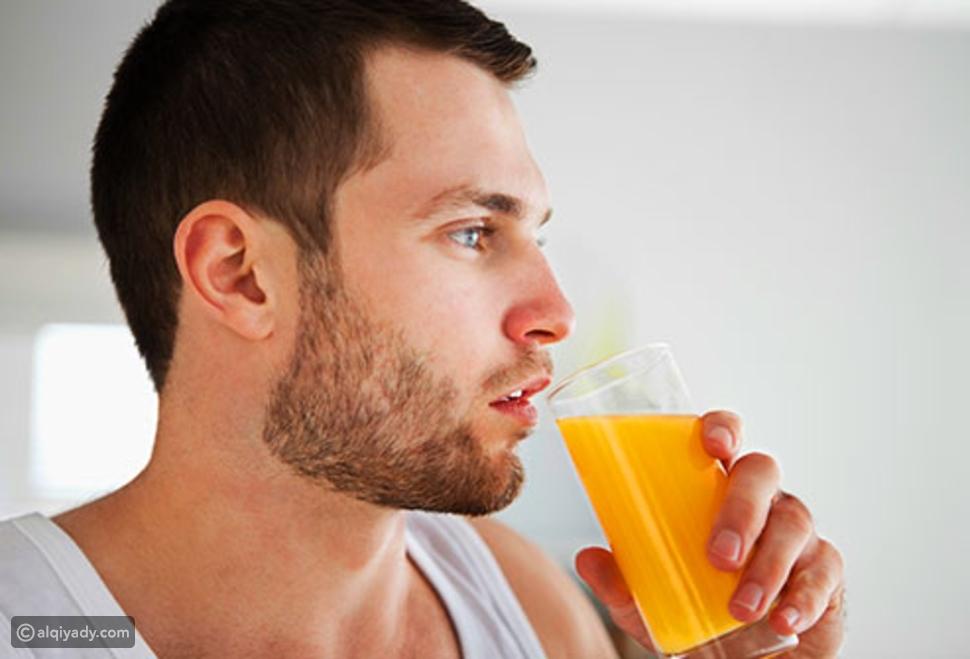 شرب العصير