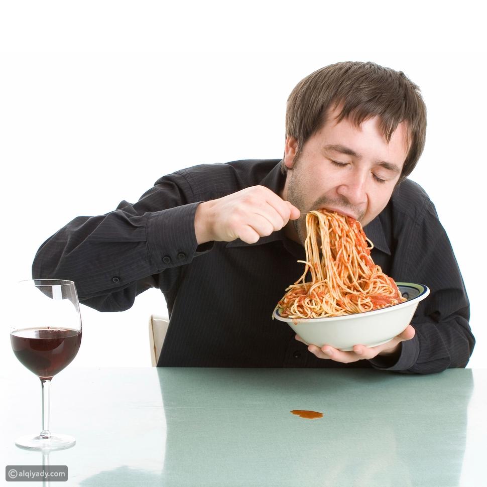 ابتلاع الطعام بسرعة