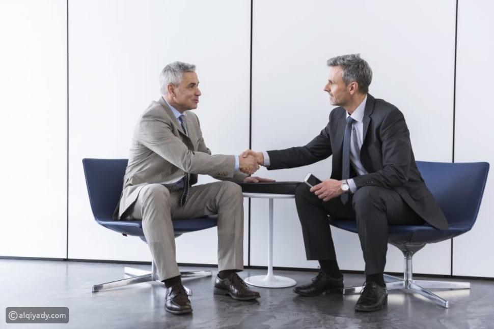 الملابس الرجالية المناسبة أثناء المفاوضات: ماذا عليك أن ترتدي؟