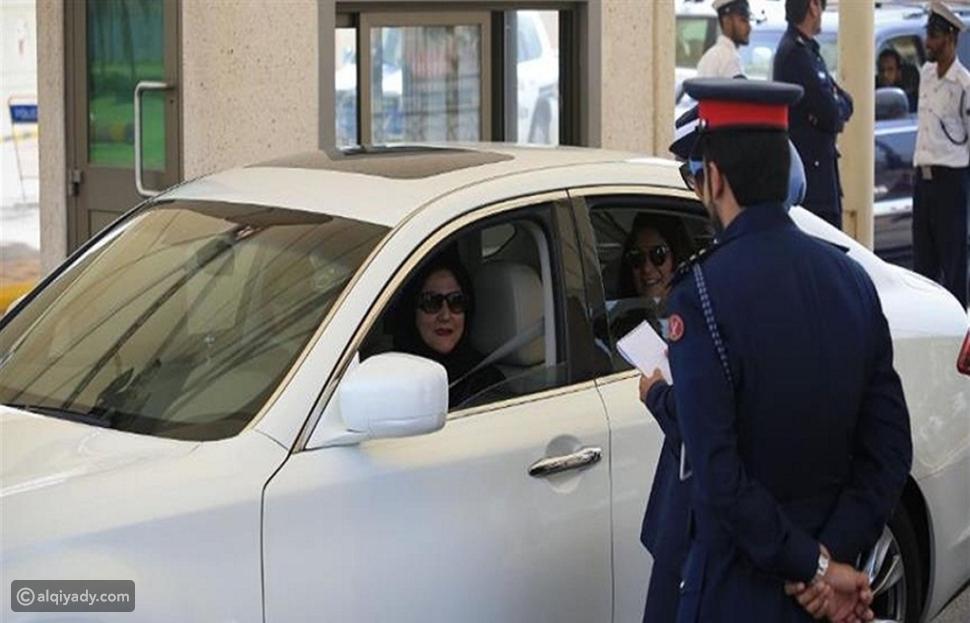 """سعوديات يبدأن العمل كسائقات في """"أوبر"""" و""""كريم"""""""