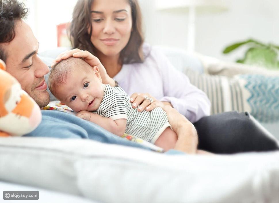 إذا كنت أبًا جديدًا.. احذر تلك الكلمات لشريكة حياتك