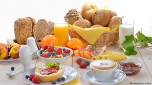لماذا يجب أن تتناول وجبة فطور ملكية؟