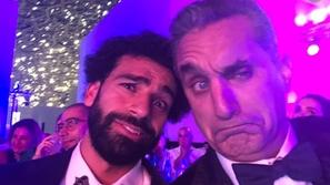 فيديو: رقص باسم يوسف في حفل GQ يثير ضجة.. وهكذا تفاعل معه محمد صلاح