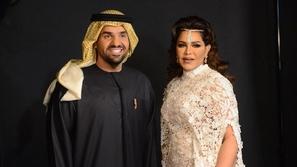 فيديو: حسين الجسمي ينقذ أحلام من موقف محرج على المسرح