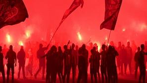 فيديو: احتفالات جنونية من جماهير باوك بعد التتويج بالدوري اليوناني