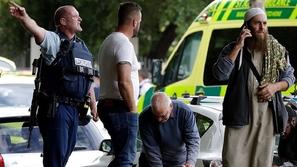 فيديو: بعد حادث المسجد.. شرطية نيوزيلندية تخاطب المسلمين بهذه الطريقة