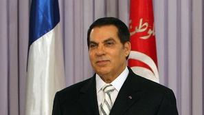 فيديو: تشييع جثمان الرئيس التونسي الأسبق زين العابدين بن علي
