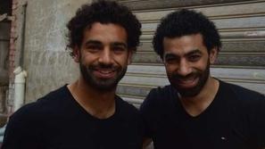 شبيه محمد صلاح يفجر مفاجأة غير متوقعة بشأن إعلانات النجم المصري