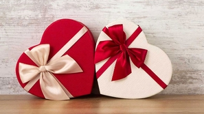 فيديو أكثر احتفالات عيد الحب غرابة حول العالم!