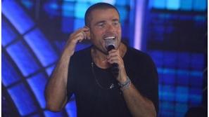 فيديو: موقف إنساني رائع لعمرو دياب خلال حفله الأخير في مصر