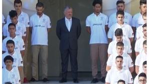 فيديو: الملك عبد الله الثاني يشارك الطلاب طابور الصباح بأول يوم دراسي