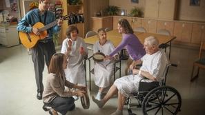 العلاج بالموسيقى يُخفف من آلام ومشقة المرض