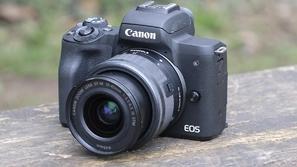 فيديو: فتح صندوق كاميرا كانون EOS M50