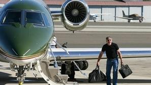 بالصور.. جولة في الطائرات الفخمة للمشاهير