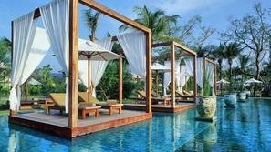 بالصور.. أجمل 10 حمامات سباحة في الفنادق حول العالم