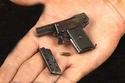 صور أصغر مسدس في العالم..تعرف على إمكانياته