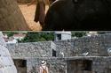 زوجان التقطا صوراً في مواقع التصوير الحقيقية لمسلسل Game of Thrones
