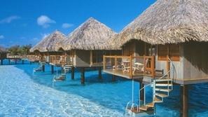 بالصور: لماذا عليك زيارة جزر المالديف؟