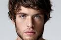 صور تسريحات شعر رجالية تخفي الأذن الكبيرة