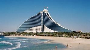 أكثر 10 أماكن جذباً للسياح في الإمارات