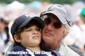 بالصور: شاهد الآباء المشاهير بصحبة أولادهم