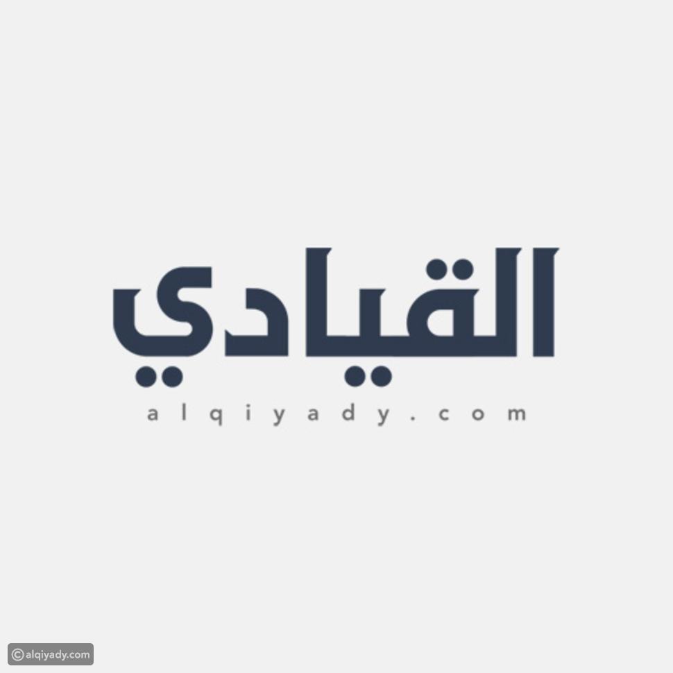 بالصور: بائع سجائر وخضار في شوارع رام الله..نسخة طبق الأصل عن الرئيس الراحل ياسر عرفات
