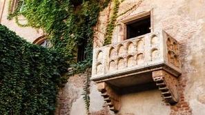 قم بزيارة شرفة روميو وجولييت الحقيقية في إيطاليا بـ3 دولارات فقط