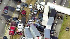 شاهد أخطر وأغرب حوادث السيارات على الإطلاق