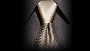 بالصور والفيديو: أسهل طريقة للحصول على ربطة عنق مميزة وأنيقة
