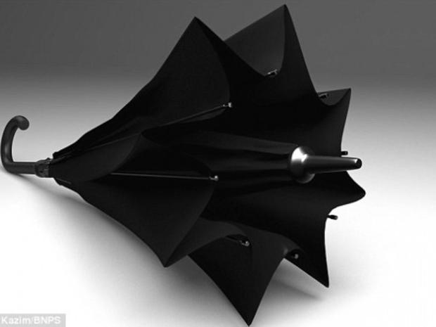 بالصور: أحدث ابتكارات ..مظلة مقلوبة لحمايتك من الأمطار