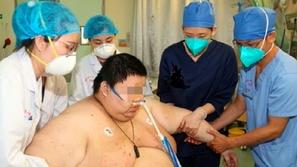 وصل وزنه إلى 280 كيلو بسبب الخوف الشديد من فيروس كورونا